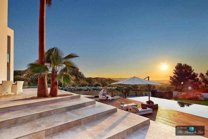 luxury-mediterranean-origami-villa-located-son-vida-mallorca-43