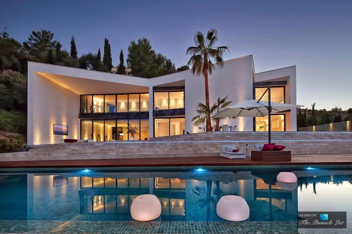 luxury-mediterranean-origami-villa-located-son-vida-mallorca-47