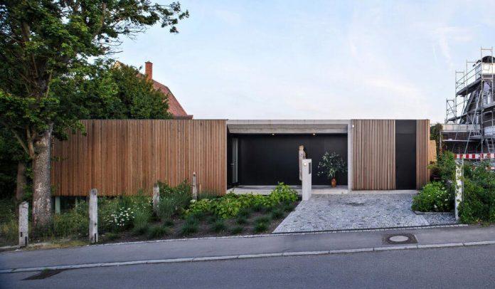 manuela-fernandez-langenegger-designs-flat-concrete-home-nurtingen-germany-04