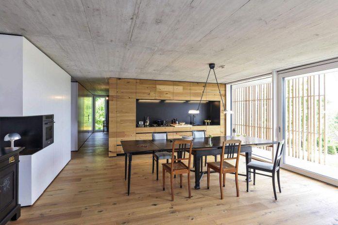 manuela-fernandez-langenegger-designs-flat-concrete-home-nurtingen-germany-07
