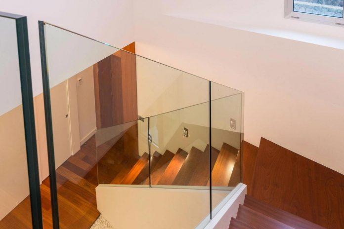minimalist-house-close-golf-club-bandama-gran-canaria-12