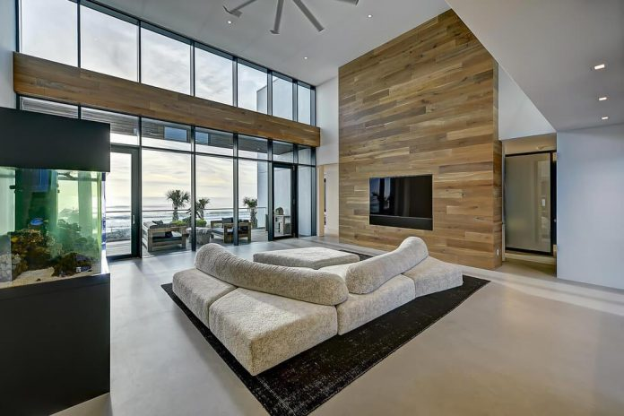 modern-6200-square-foot-beach-house-located-atlantic-beach-north-carolina-06