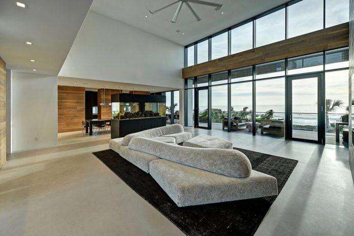 modern-6200-square-foot-beach-house-located-atlantic-beach-north-carolina-07