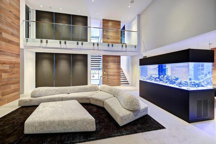 modern-6200-square-foot-beach-house-located-atlantic-beach-north-carolina-10