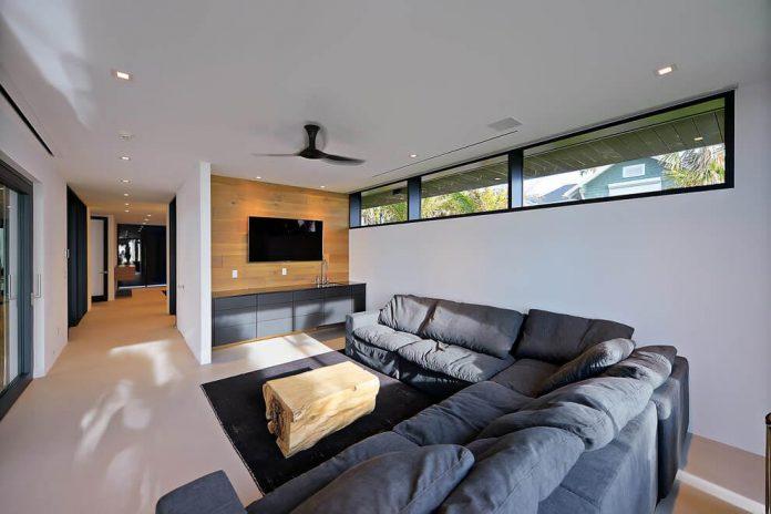 modern-6200-square-foot-beach-house-located-atlantic-beach-north-carolina-11