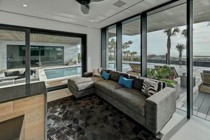 modern-6200-square-foot-beach-house-located-atlantic-beach-north-carolina-13