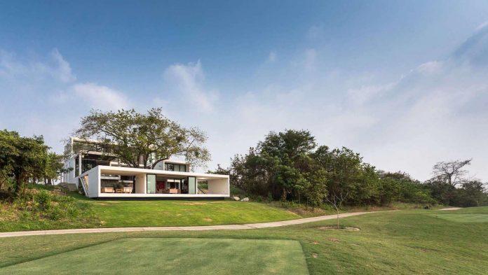 modern-eco-friendly-guazuma-home-located-tabasco-mexico-01
