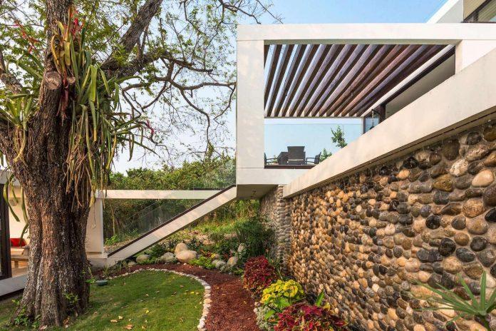 modern-eco-friendly-guazuma-home-located-tabasco-mexico-03