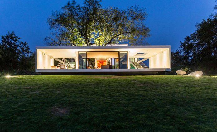 modern-eco-friendly-guazuma-home-located-tabasco-mexico-17