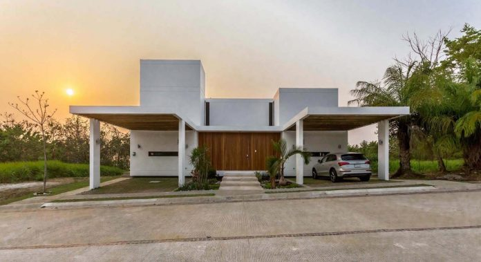 modern-eco-friendly-guazuma-home-located-tabasco-mexico-19