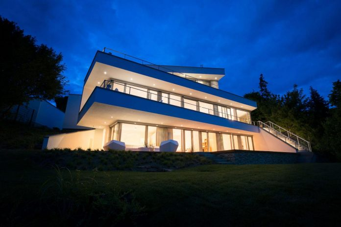 modern-residential-building-situated-hillside-pforzheim-with-magnificent-panoramic-views-17