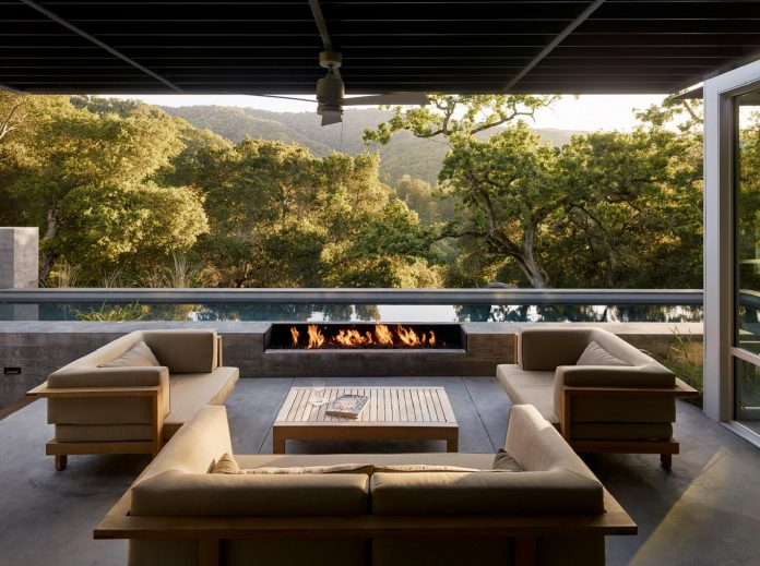 modern-take-traditional-ranch-home-situated-atop-ridge-santa-lucia-mountains-offers-contemporary-materials-landscape-classic-typology-03