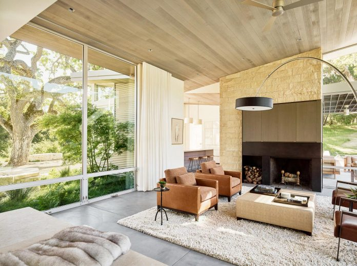 modern-take-traditional-ranch-home-situated-atop-ridge-santa-lucia-mountains-offers-contemporary-materials-landscape-classic-typology-04