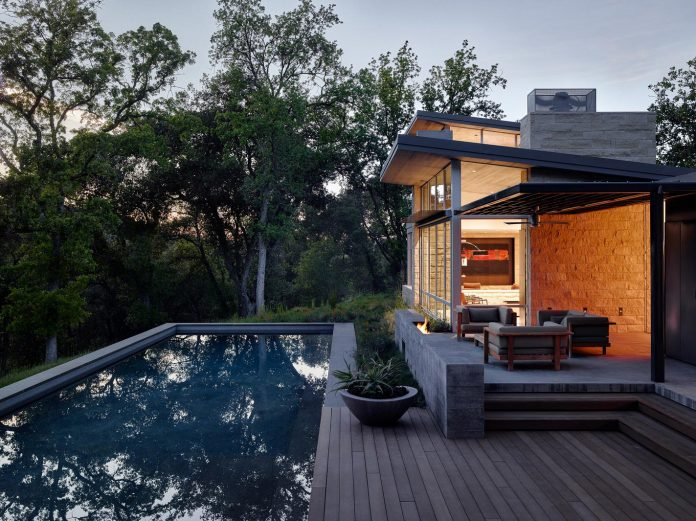 modern-take-traditional-ranch-home-situated-atop-ridge-santa-lucia-mountains-offers-contemporary-materials-landscape-classic-typology-17