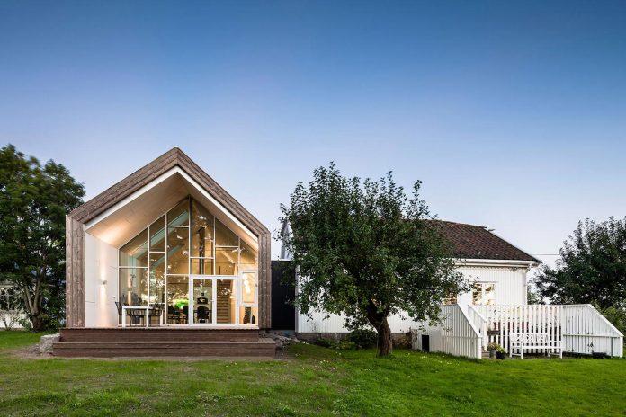 ovre-tomtegate-7-contemporary-home-sellebakk-norway-designed-link-arkitektur-06