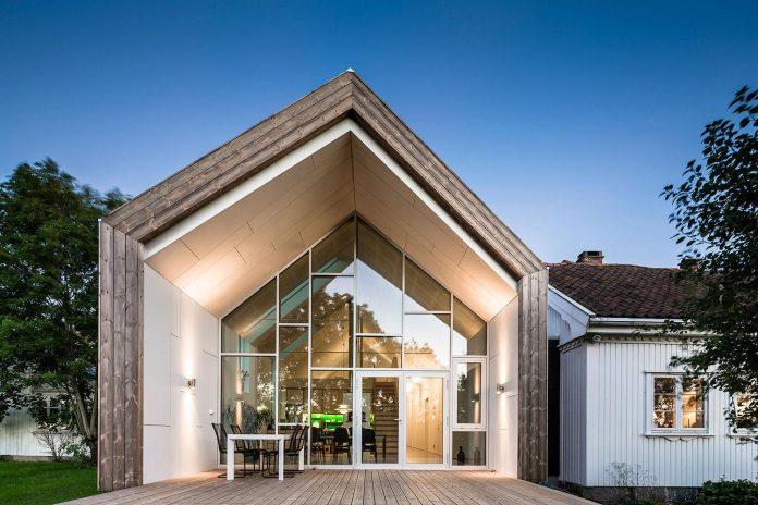 ovre-tomtegate-7-contemporary-home-sellebakk-norway-designed-link-arkitektur-07