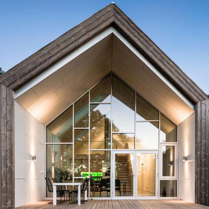 Vre tomtegate 7 contemporary home in sellebakk norway for Modern house design norway