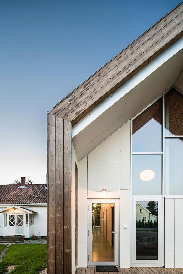 ovre-tomtegate-7-contemporary-home-sellebakk-norway-designed-link-arkitektur-11