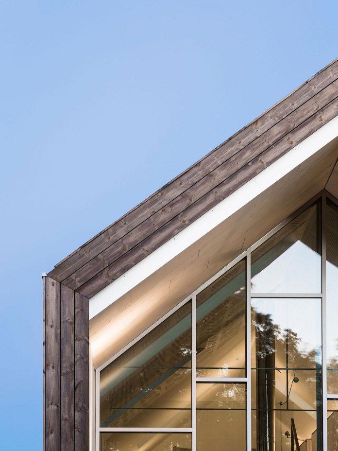 ovre-tomtegate-7-contemporary-home-sellebakk-norway-designed-link-arkitektur-12
