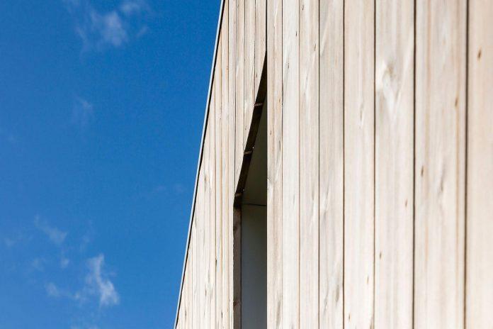 ovre-tomtegate-7-contemporary-home-sellebakk-norway-designed-link-arkitektur-15