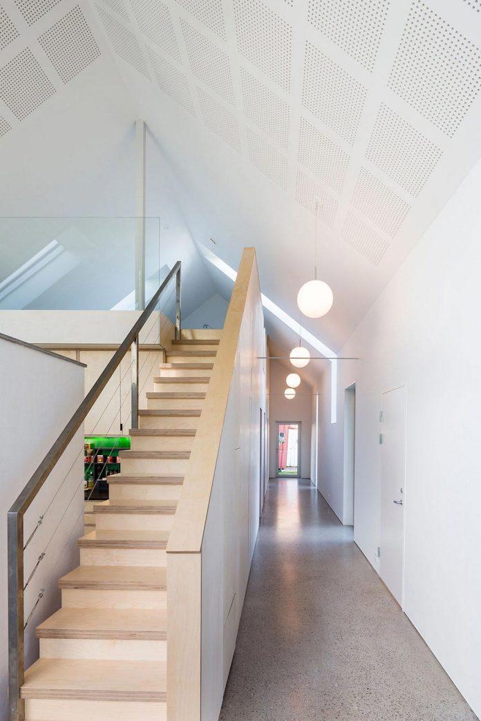 ovre-tomtegate-7-contemporary-home-sellebakk-norway-designed-link-arkitektur-20