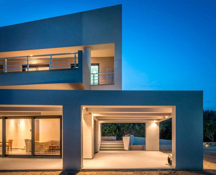 pentagonal-shaped-home-designed-barlas-architects-19