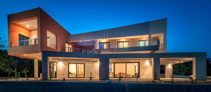 pentagonal-shaped-home-designed-barlas-architects-20
