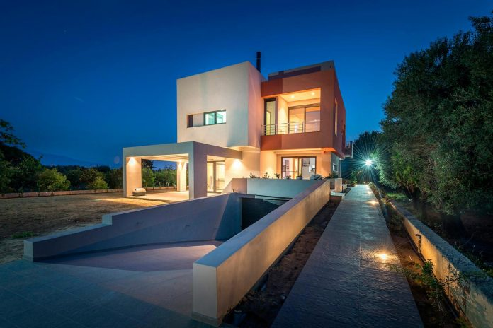 IS pentagonal shaped home designed by Barlas Architects