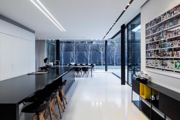 pitsou-kedem-architects-designed-s-house-concrete-home-modern-look-made-clean-lines-18