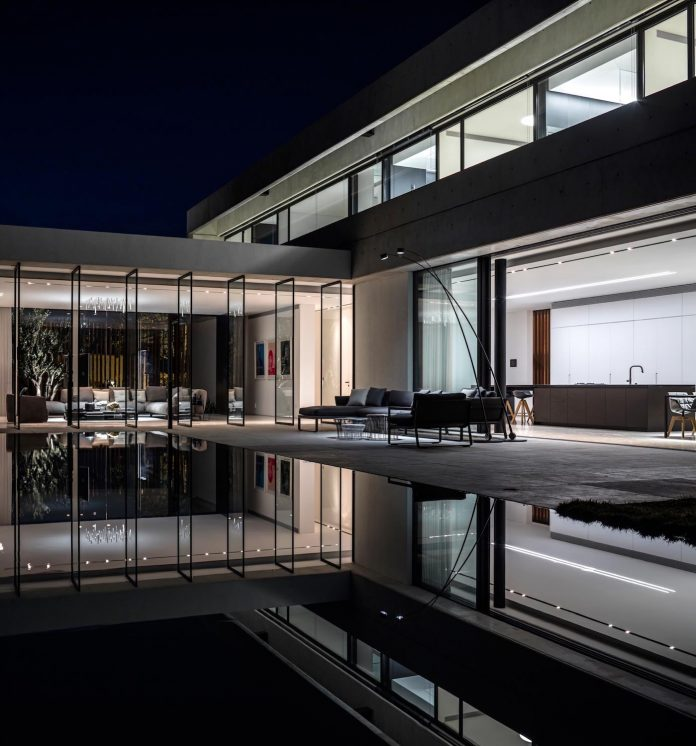 pitsou-kedem-architects-designed-s-house-concrete-home-modern-look-made-clean-lines-23