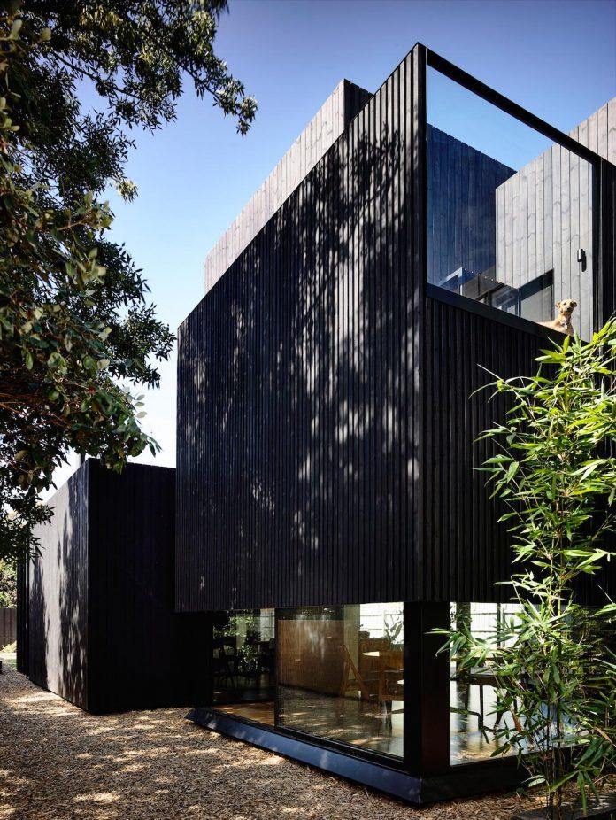 renovation-nineteenth-century-italianate-victorian-masonry-elegant-restrained-timber-addition-accommodate-young-family-03