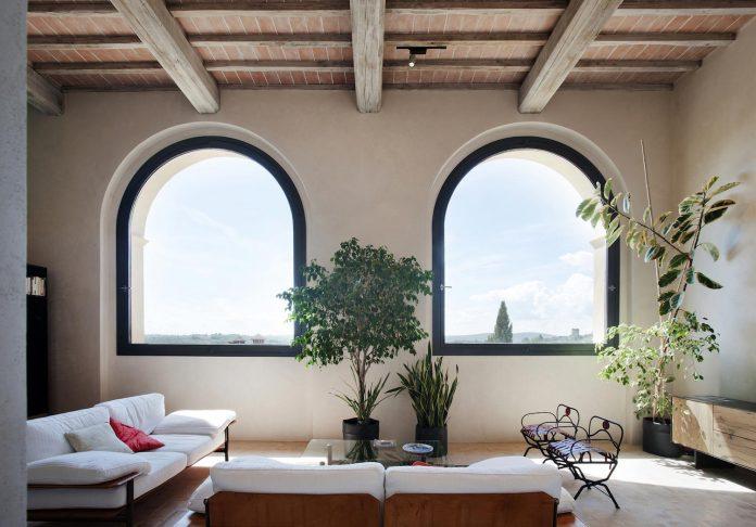 renovation-xv-century-farm-contemporary-villa-town-monteriggioni-16