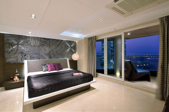 sea-facing-triplex-blessed-splendid-180-degree-views-arabian-sea-13