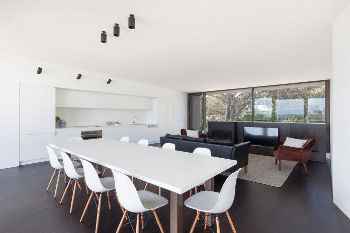 semi-permanent-residence-couple-dog-sporadic-visitors-designed-open-studio-pty-ltd-08