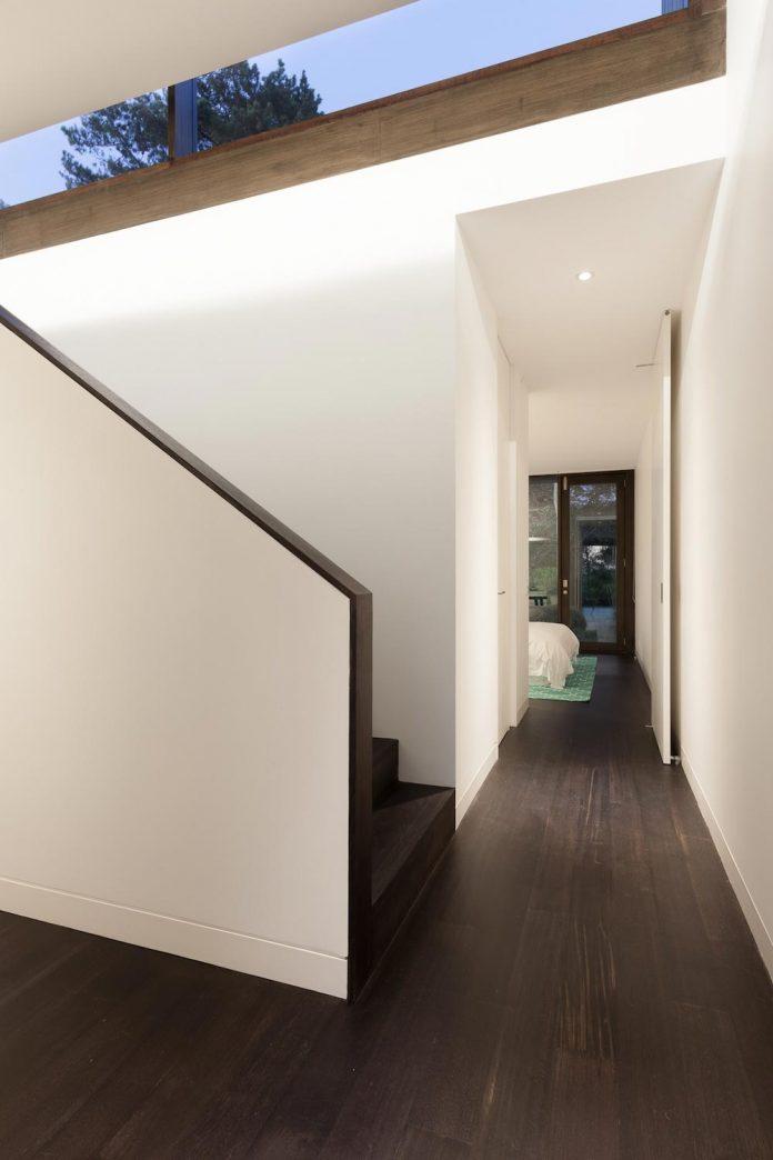 semi-permanent-residence-couple-dog-sporadic-visitors-designed-open-studio-pty-ltd-12