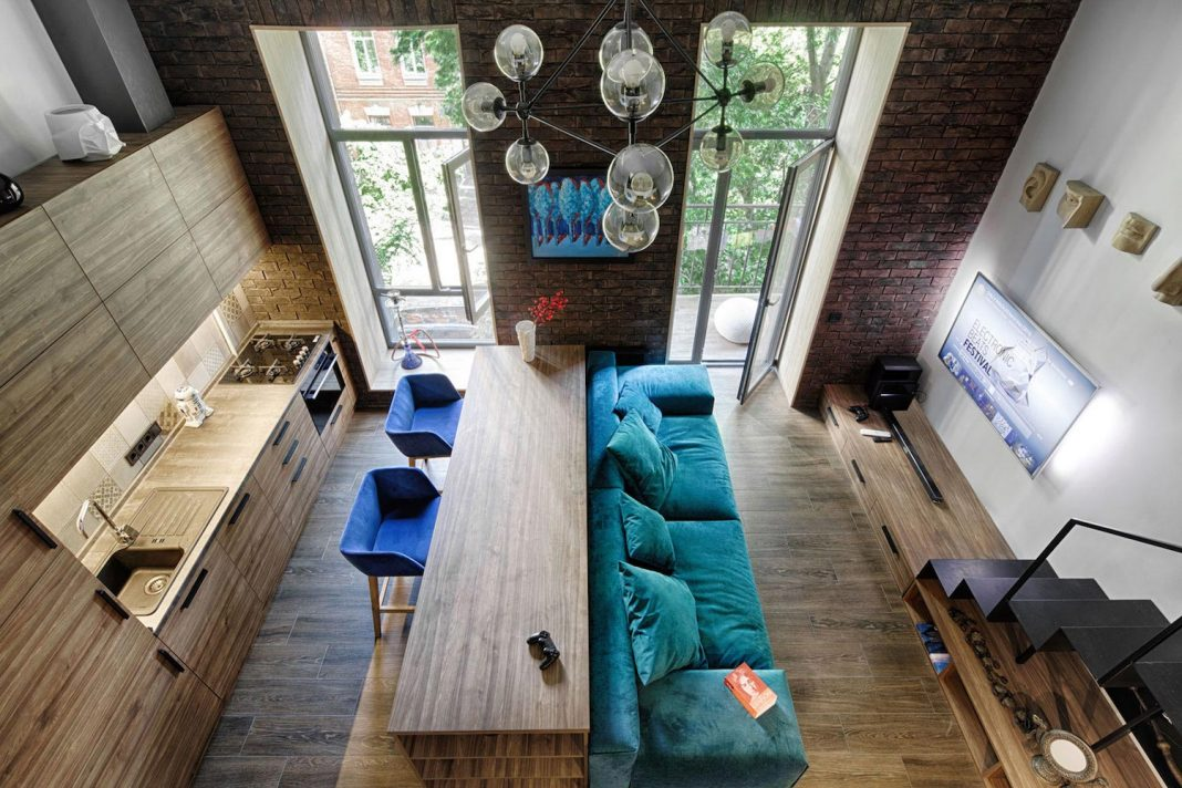 Small Apartment In The Historical Center Of Kiev Designed