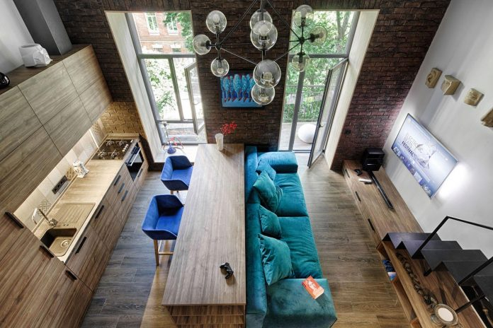 small-apartment-historical-center-kiev-designed-one-person-01