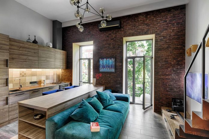 small-apartment-historical-center-kiev-designed-one-person-03
