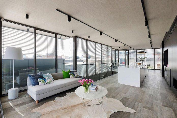 spectacular-vista-prahran-modern-residence-design-lsa-architects-03