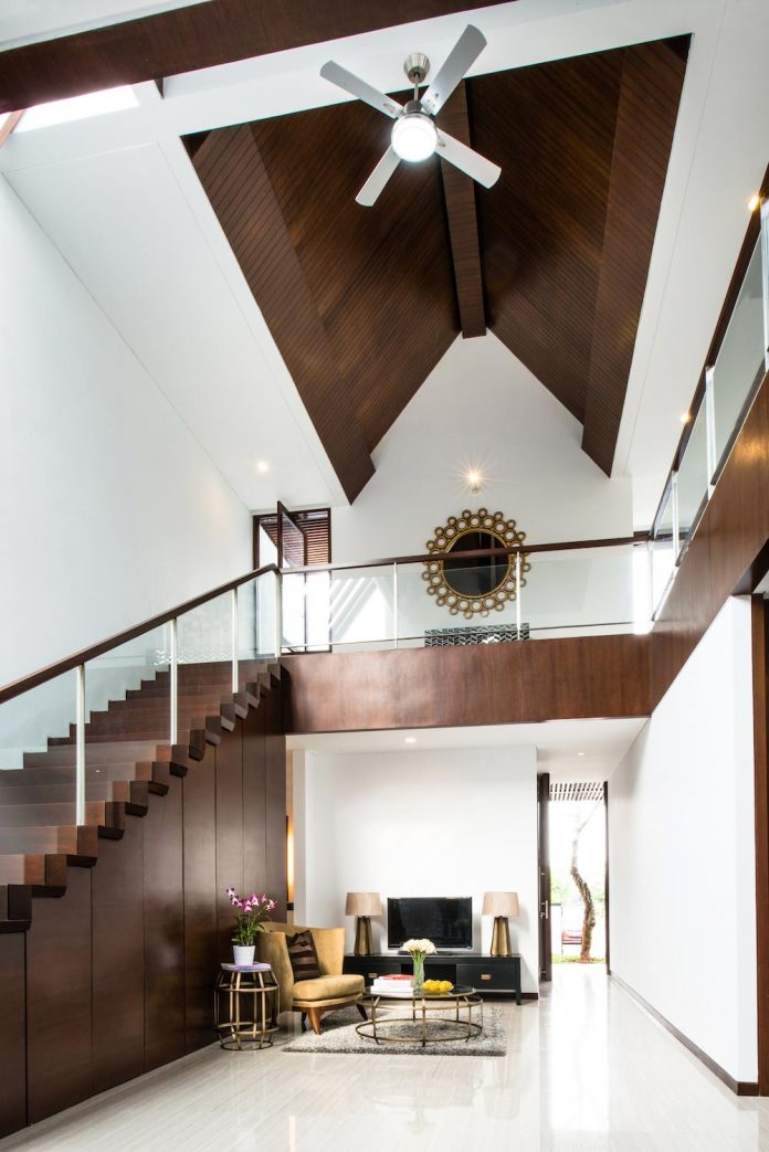 spouse-two-floors-house-jakarta-parametr-architecture-03