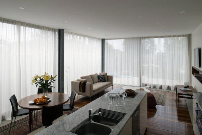 timber-box-home-sits-top-glass-box-renovation-sydney-06