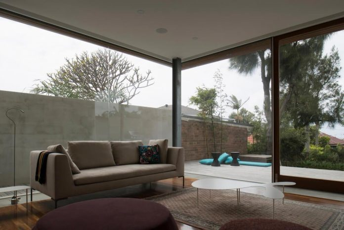 timber-box-home-sits-top-glass-box-renovation-sydney-09