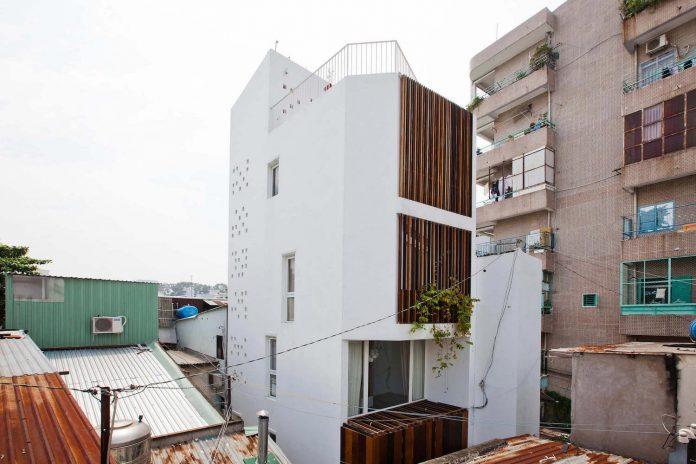 tiny-irregular-shaped-4m-wide-8m-deep-plot-home-ho-chi-minh-city-designed-mm-architects-05