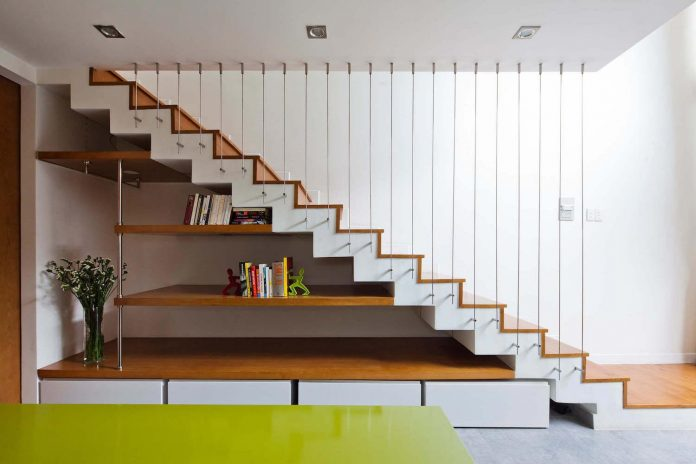 tiny-irregular-shaped-4m-wide-8m-deep-plot-home-ho-chi-minh-city-designed-mm-architects-11