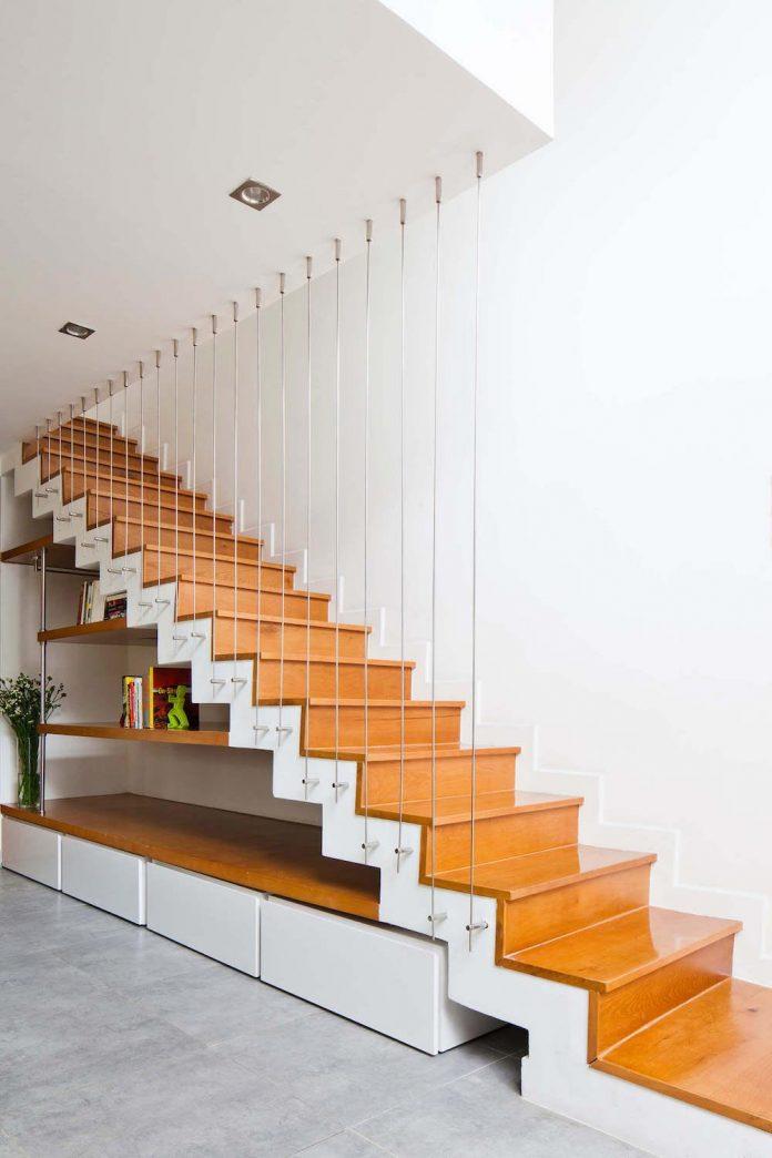 tiny-irregular-shaped-4m-wide-8m-deep-plot-home-ho-chi-minh-city-designed-mm-architects-12