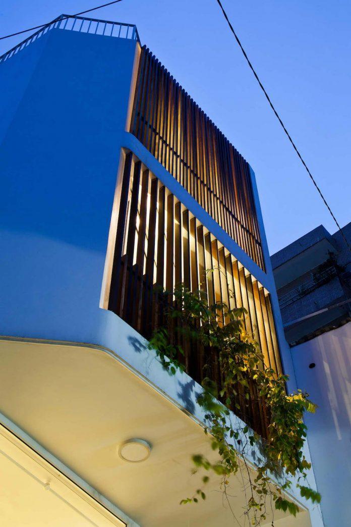 tiny-irregular-shaped-4m-wide-8m-deep-plot-home-ho-chi-minh-city-designed-mm-architects-19