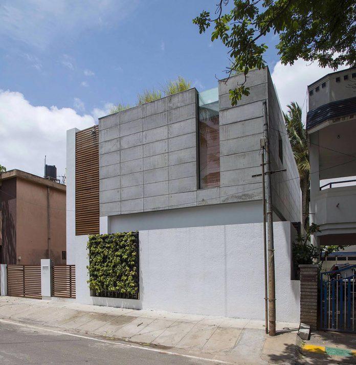 two-story-badri-residence-located-jayanagar-bangalore-designed-architecture-paradigm-01