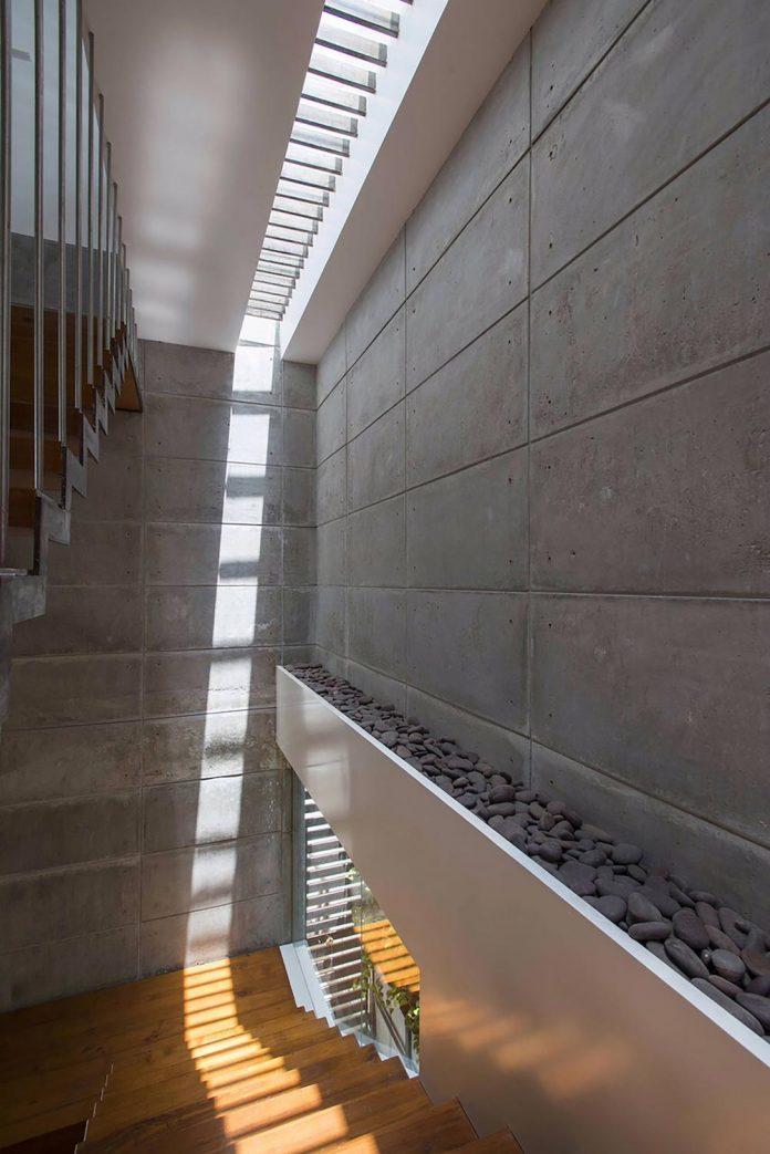 two-story-badri-residence-located-jayanagar-bangalore-designed-architecture-paradigm-04
