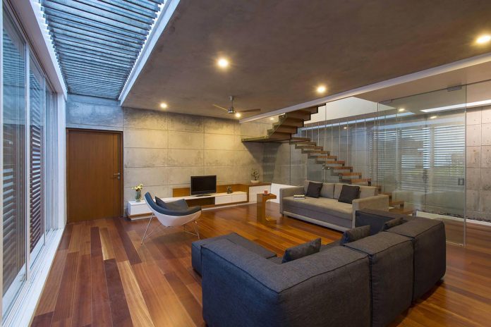 two-story-badri-residence-located-jayanagar-bangalore-designed-architecture-paradigm-14