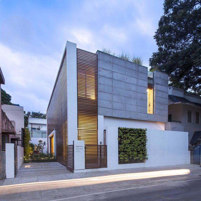 two-story-badri-residence-located-jayanagar-bangalore-designed-architecture-paradigm-15